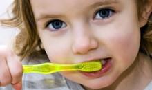 5 dolog, amit gyermeked fogaiért tehetsz